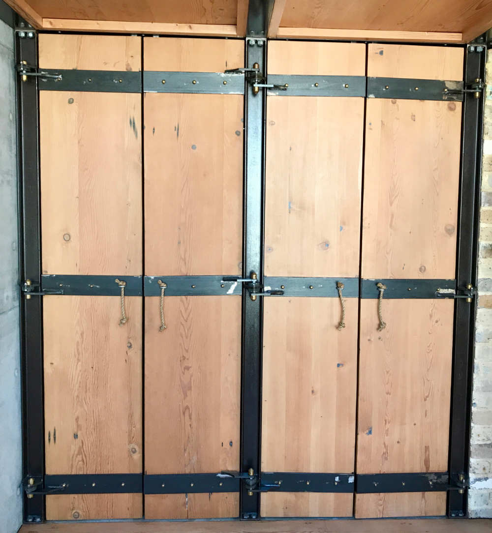 Turner St - Wardrobe doors